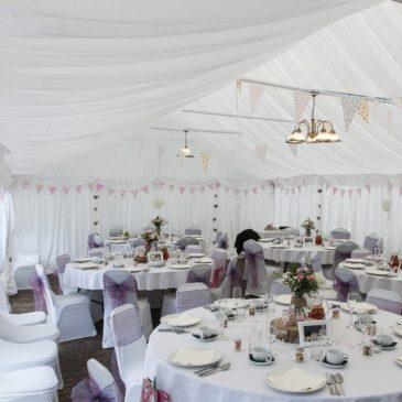 Conheça lindos modelos de tendas para casamento