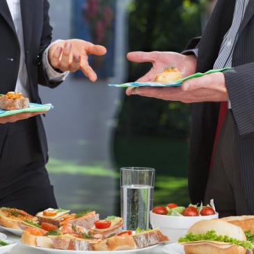 Conheça melhor sobre os buffets empresariais